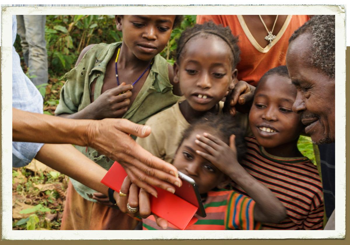 Carte Postale : Les enfants de Beha