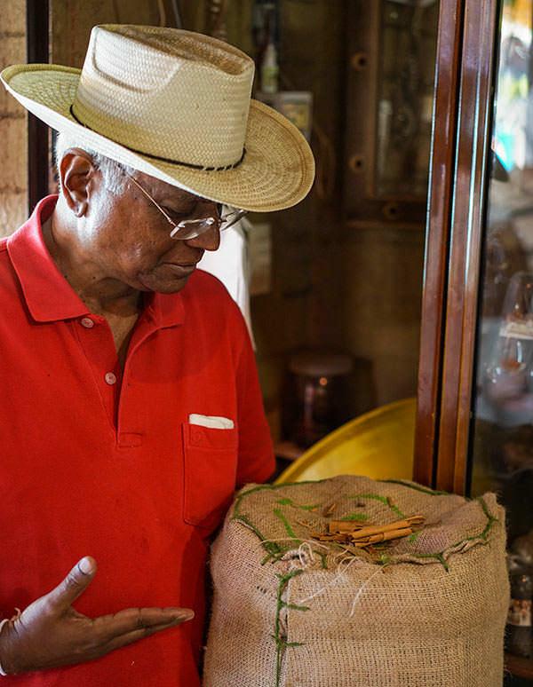 Sanath et la cannelle mexicaine - Les Sri Lankais, la cannelle et Oaxaca