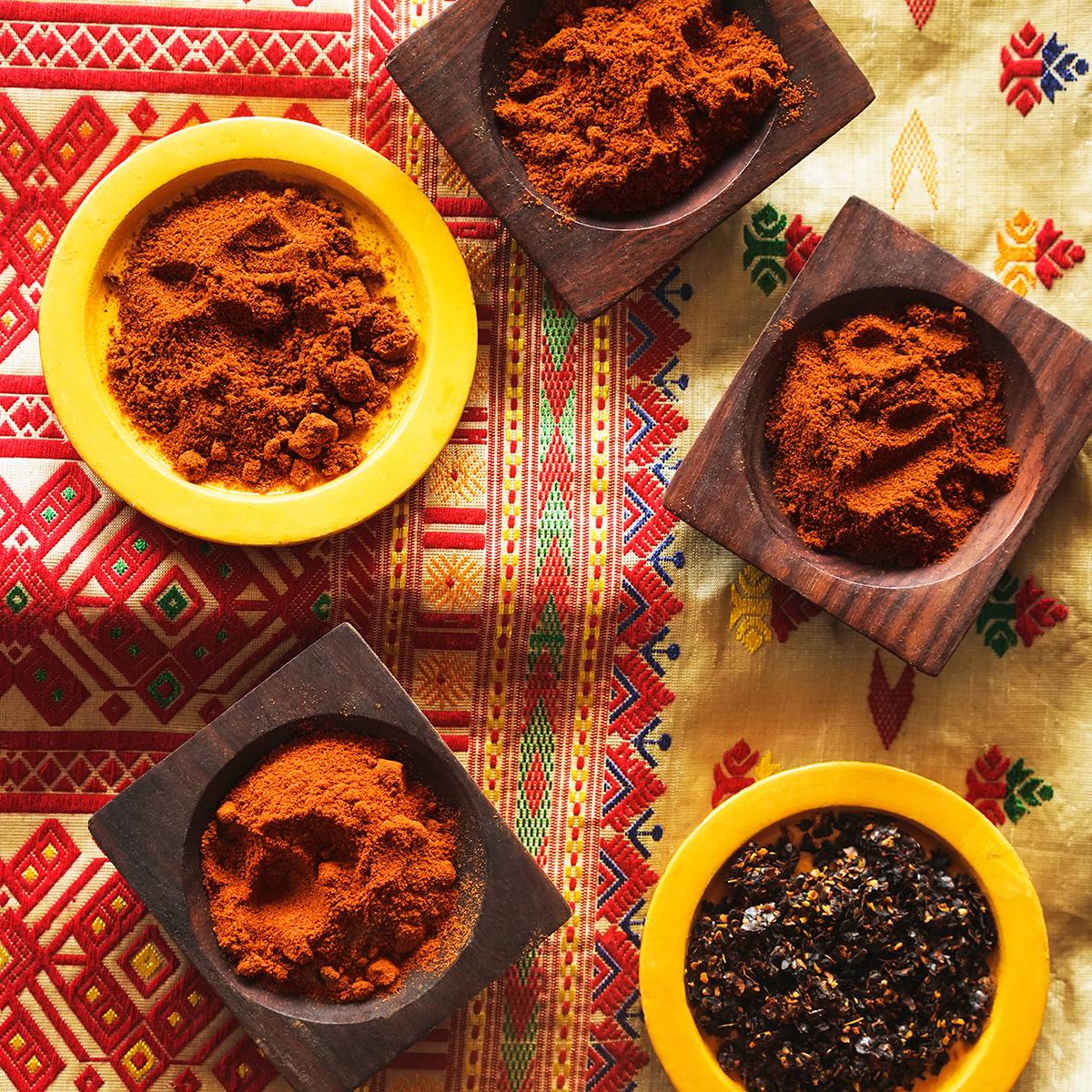 Paprikas | Doux - fumé - flocons | Épices de cru