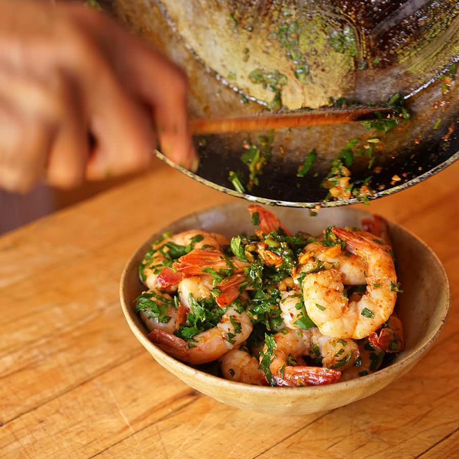 Crevettes sautées à l'ail et au paprika fumé