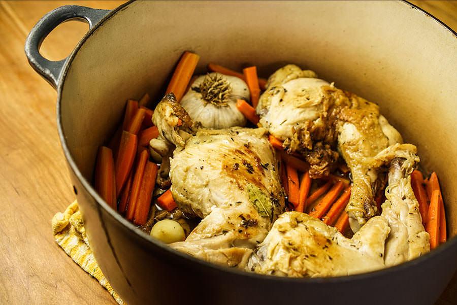 Cuisses de poulet aux carottes