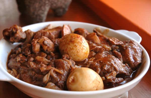 Doro Wett - poulet mijoté au berbéré