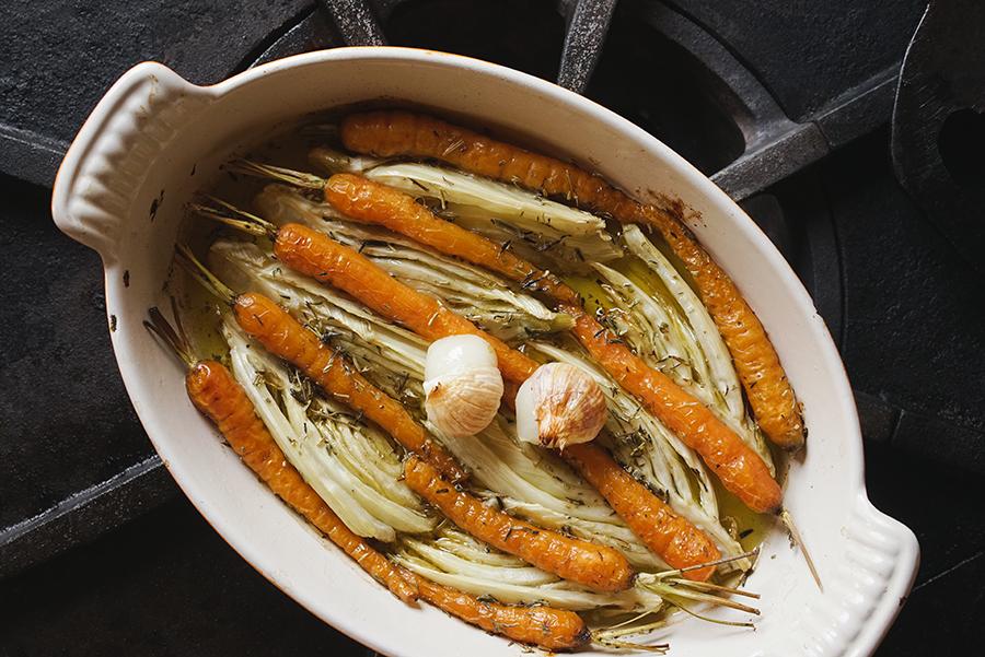 Tian de fenouil et de petites carottes