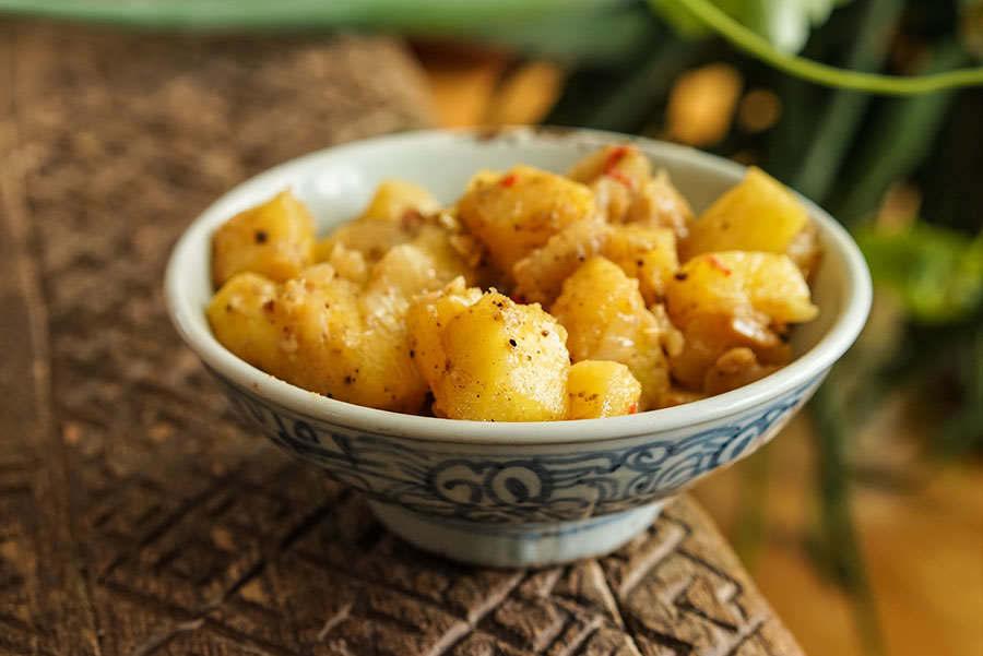 Peceli – Ananas aigre-doux aux épices