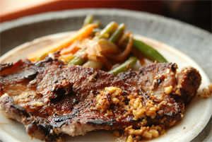 Steak d'épaule de porc au herbes de Dionysios