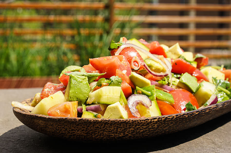 Salade «thai» d'avocat et tomate