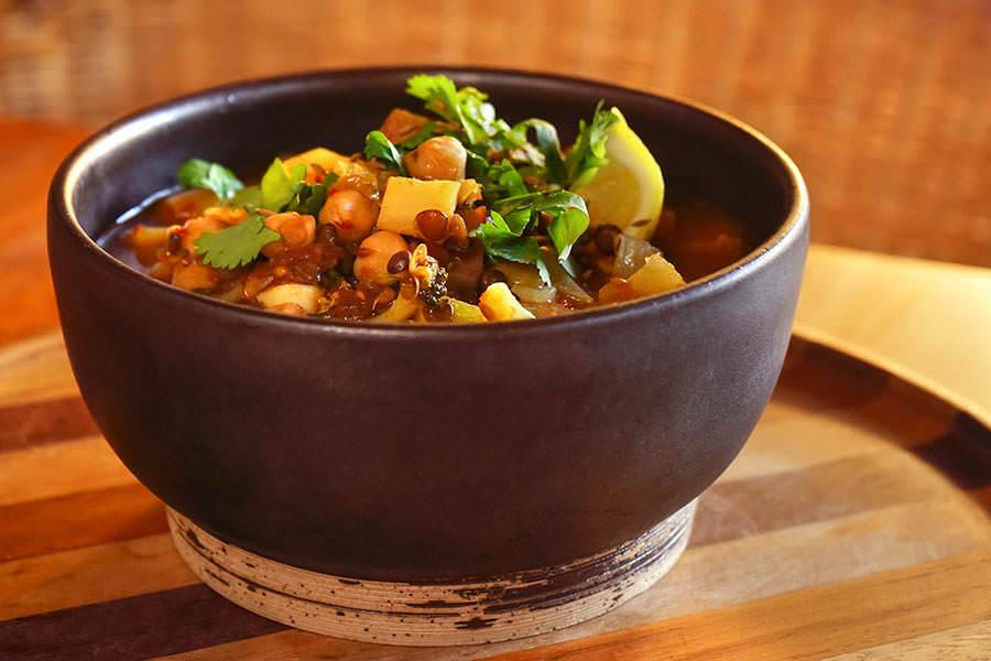 Soupe de légumes aux épices à couscous