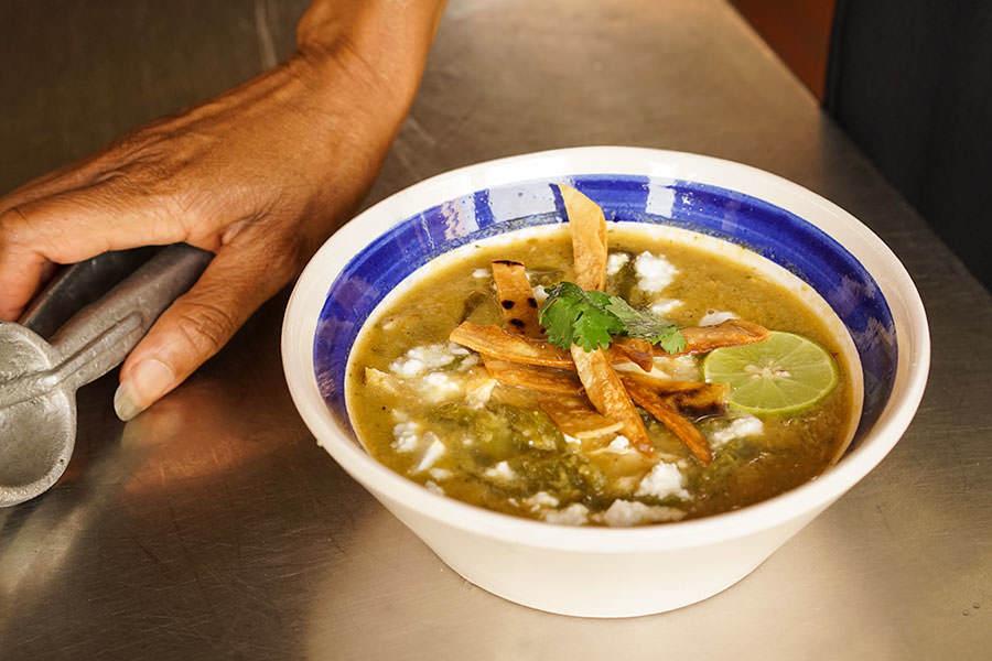 Soupe de maïs et tortillas