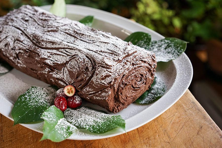 Bûche au chocolat épicé et canneberges
