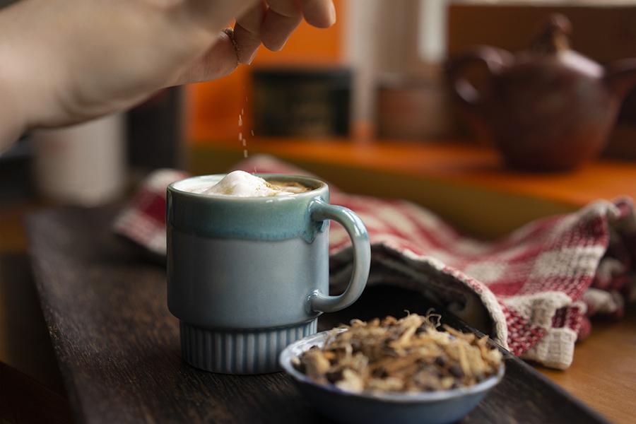 Café latte aux épices à la citrouille