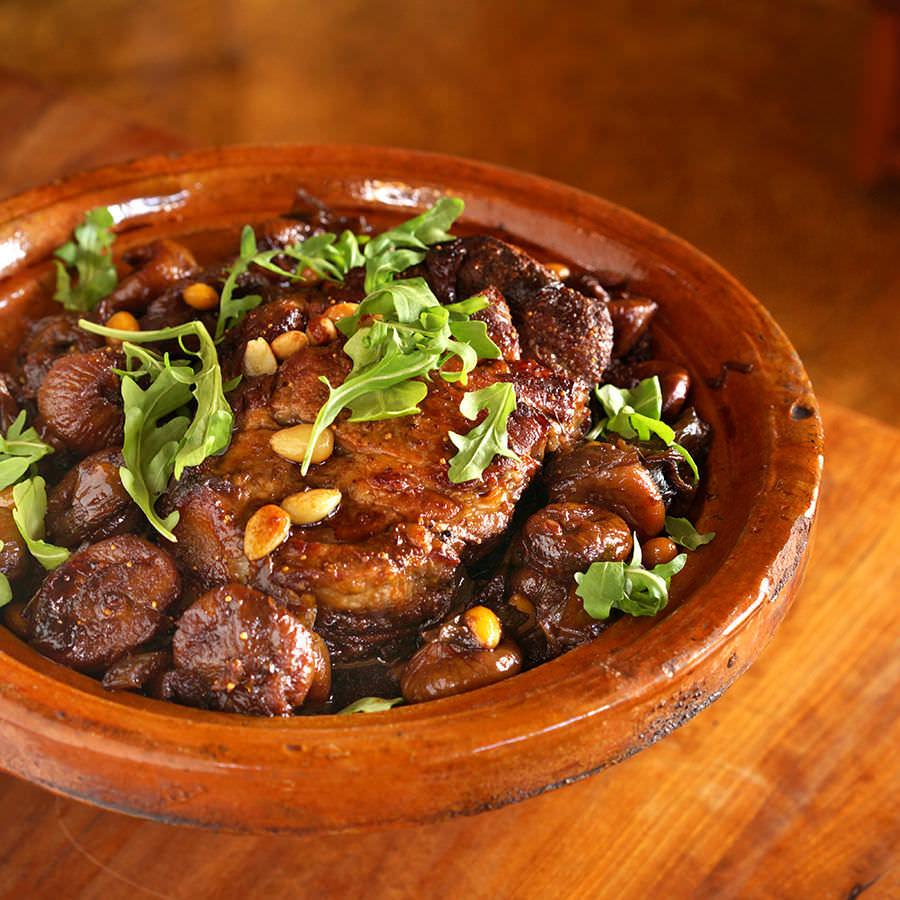 Porc braisé Apicius aux figues et aux amandes