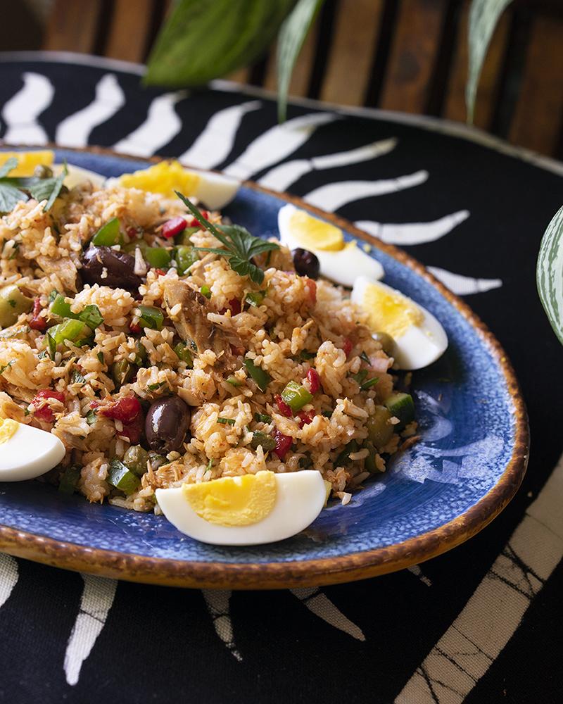 Salade de riz et thon à la tunisienne