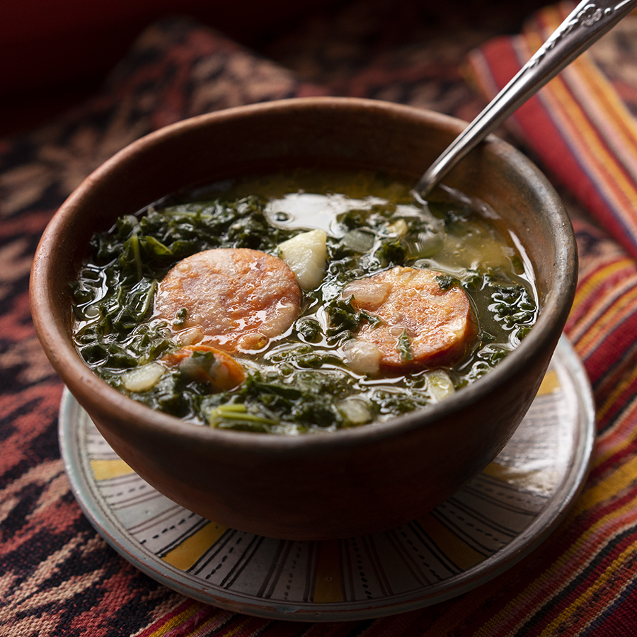 Soupe au kale et chouriço portugais